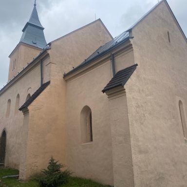 Rekonštrukcia reformovaného kostola v Seni